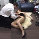 【レイプセックス動画】キャバクラギャルを控室で強姦する店長…泥酔し判断能力が鈍ったところに付け込むゲス野郎