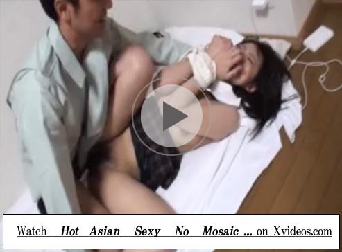 【無修正セックス動画】制服JKがマンション管理人を装った男にレイプされ強制イラマチオや中出しで犯される