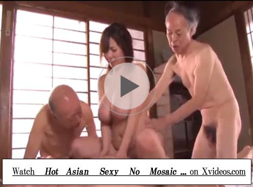 【セックス動画情報】爆乳のムチムチ美女に群がる3人のジジイ…トリプルフェラでしゃぶらせて騎乗位でハメる