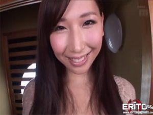 【セックス動画情報】爆乳の「佐山愛」が軟乳を揺らしながら騎乗位で激しく腰を振りチンポの快感に悶える