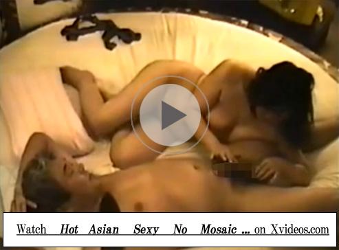 【無修正セックス動画】ラブホテルの隠しカメラが素人熟年カップルの性行為を盗撮…緩やかなピストンで腹射する