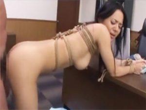 【セックス動画情報】「蒼井そら」を緊縛し手マンとイラマチオで可愛がり立ちバックと正常位でハメて顔射をキメる