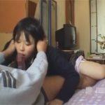 【セックス動画情報】マン毛の薄さが若さを物語る…学校が終わったら遊ぶ金欲しさに売春する素人JK