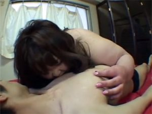 【巨乳セックス動画】脂肪の塊の物凄く太ったの女がおまんこを突かれて感じているマニア向け映像