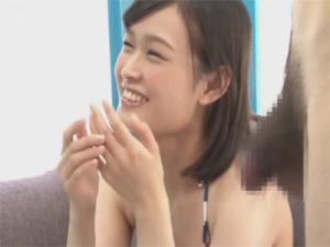 【セックス動画情報】水着の22歳の女子大生がマジックミラー号で童貞クンを騎乗位で筆下ろし