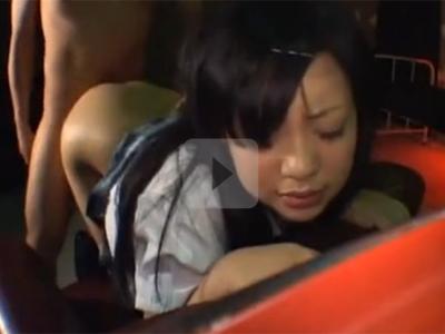 【セックスエロ動画】制服JKの肉感的なデカ尻でチンチンシコシコされたったwww