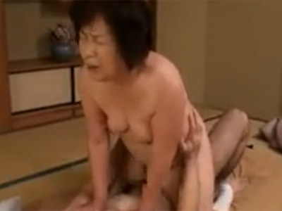 【セックスエロ動画】六十路を迎えたぽっちゃりおばさんと種付け濃厚SEX!!