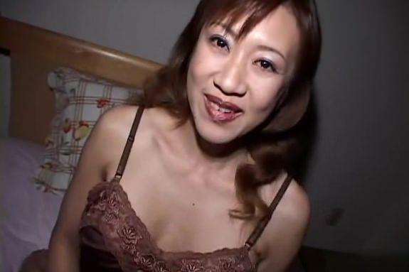 【セックスエロ動画】常連客との不倫性交を生きがいにする54歳の猥褻ホステスとハメ撮りSEX!