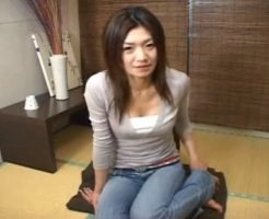 【セックスエロ動画】28歳の人妻が目の前で知らない男の自慰を見つめる||セックスエロ動画,センズリ鑑賞,人妻,企画
