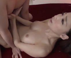 【セックスエロ動画】足と手を上手に使ってピストンされながら相手の乳首をコリコリ責めるエロすぎ美女 蓮実クレア||セックスエロ動画,蓮実クレア