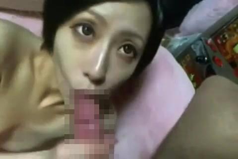 【セックスエロ動画】出会い系で知りあった36才の人妻と3P不倫SEX!カメラ目線でチンポをしゃぶり生挿入で悶絶www