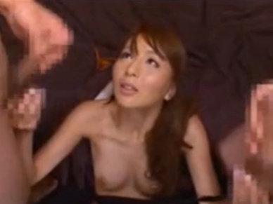 【セックスエロ動画】優しくエッチな言葉でオナニー支援する希崎ジェシカが2人同時の射精を顔で受け止める