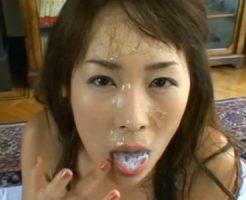 【セックスエロ動画】精液もっと出して!次から次に発射される汁男優の精子を全て浴びる女  セックスエロ動画,ごっくん,セックス,フェラ,顔射