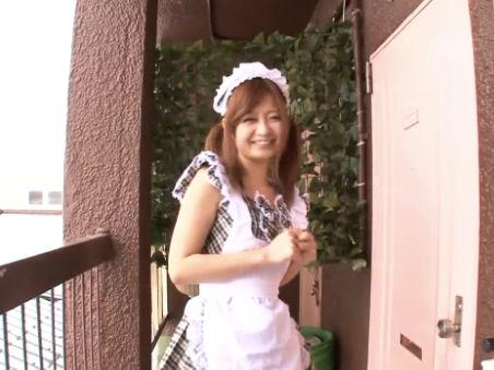 【セックスエロ動画】メイド服着た激かわビッチ『石原莉奈』を素人くん宅へお届けします!