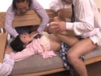 【セックスエロ動画】親の借金を取り立てにきたヤクザたちに輪姦された女子校生がトラウマ確実な連続膣内射精されて・・・
