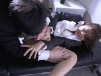 【セックスエロ動画】美人すぎるOLが同僚をエロ暴走させてしまい激しく抵抗するも犯される…石川莉奈