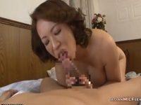 【熟女セックス動画】デカいチンポを愛おしそうに舐めパイズリしシックスナイン後に正常位で交尾