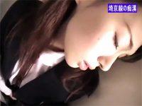 【無修正セックス動画】通勤ラッシュの埼京線で制服JKを痴漢した後にゴムハメレイプする鬼畜野郎
