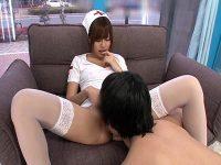 【AV女優セックス動画】「瑠川リナ」が素人の男を逆ナンパ…マジックミラー号に連れ込みエッチなご奉仕