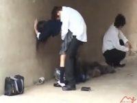 【盗撮セックス動画】制服JKが下校途中の河川敷で同級生と入れ代わり立ち代わり青姦していたところを隠し撮り