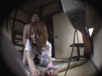 【レイプセックス動画】ボロアパートに連れ込まれ犯された家出中の女子校生…すすり泣く様子が何とも言えない…